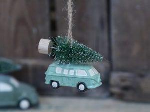 Chic Antique bil med juletræ