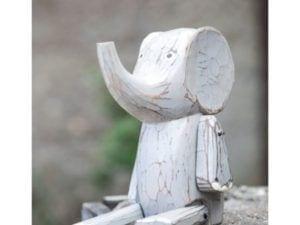 Håndskåret elefant