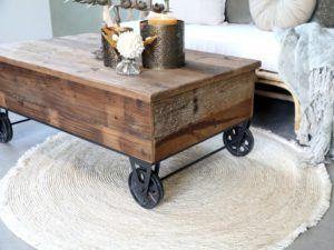 Chic Antique Sofabord på hjul