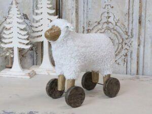 Chic Antique Får på hjul