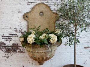 Chic Antique Fontæne med dekor
