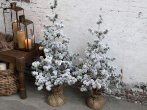 Chic Antique cedertræ med sne 80 cm